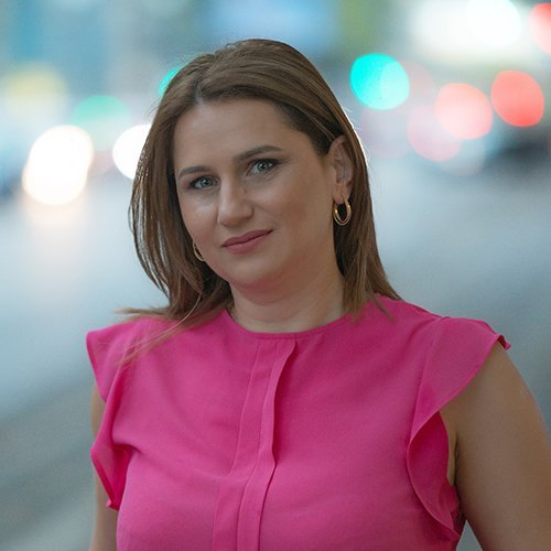 Nina Nazlidis
